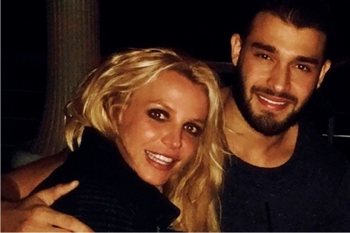 Бритни Спирс встретила новый год сновым возлюбленным